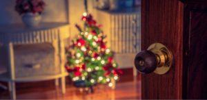 Jak zabezpieczyć dom przed wyjazdem na święta
